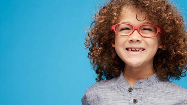 توضیحی در رابطه با انتخاب عینک بچگانه