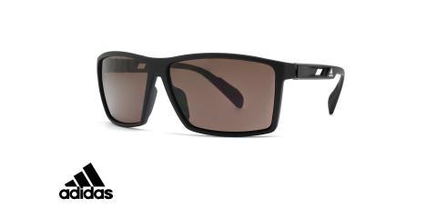 عینک آفتابی پلاریزه ورزشی فریم مشکی عدسی قهوه ای - عکس از زاویه سه رخ
