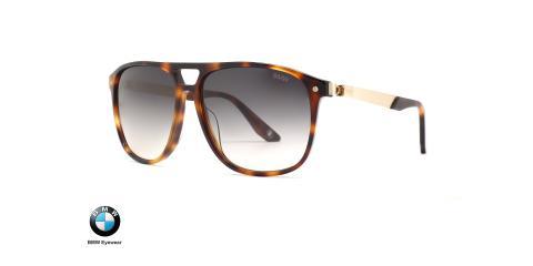 عینک آفتابی مدل خلبانی ب ام و فریم قهوه ای هاوانا و عدسی دودی طیف دار - عکس از زاویه سه رخ