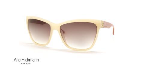 عینک آفتابی کائوچویی آنا هیکمن - کرم رنگ - عکاسی عینک وحدت، زاویه سه رخ