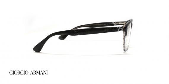 عینک طبی کائوچویی مستطیلی شکل جورجیو ارمانی - بدنه مشکی چند رنگ به سمت شیشه ای - عکاسی وحدت - زاویه کنار