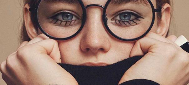ما عینکی ها چطور در عکس ها بدرخشیم؟